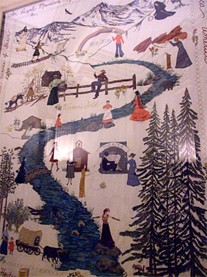 Women's Gold tapestry