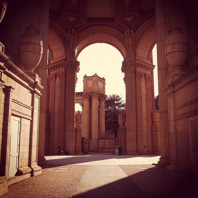 The Palace of Fine Arts' stunning arches in San Francisco