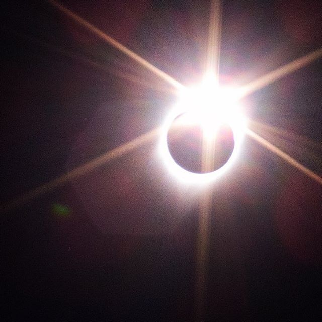 Diamond ring effect after Totality (Great American Eclipse in Salem, OR)