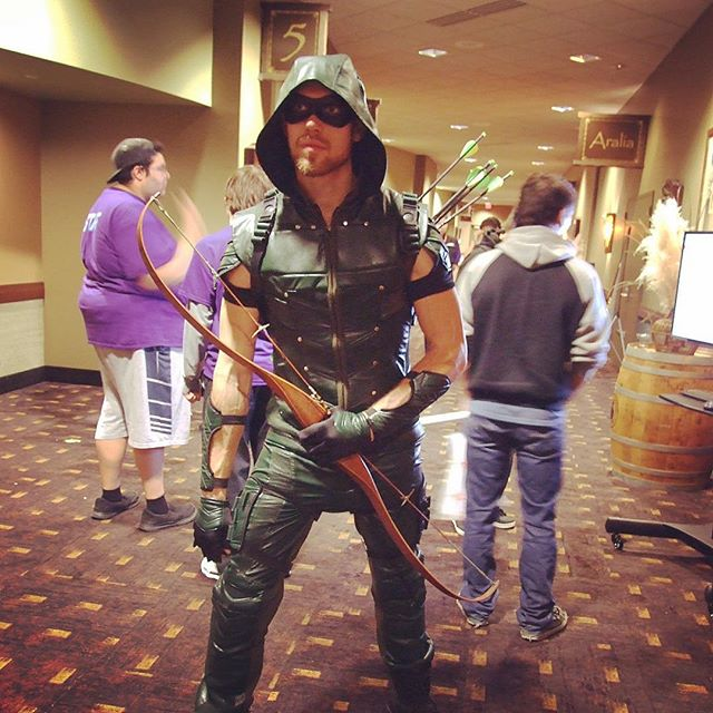 Green Arrow looking cool - Great Cosplay at DaishoCon 2017