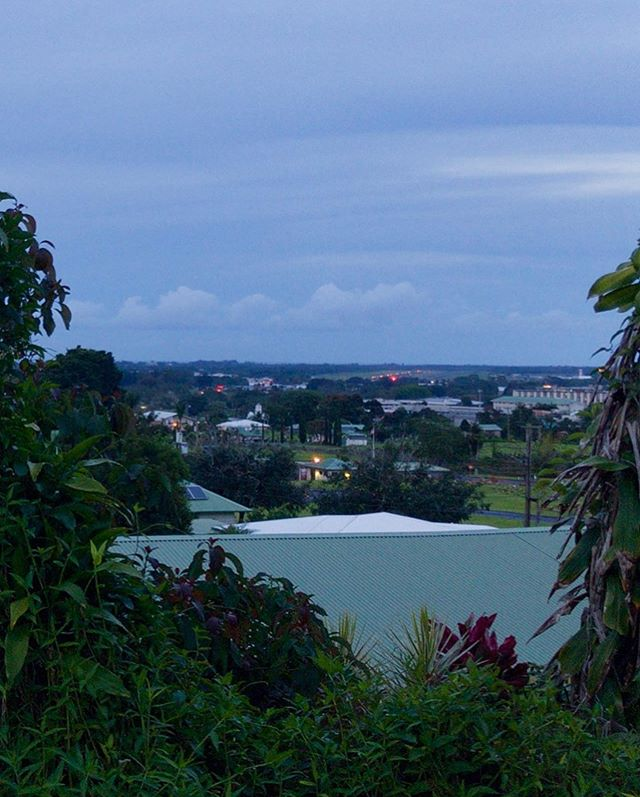 Seeing the Hilo Airport runway from uptown