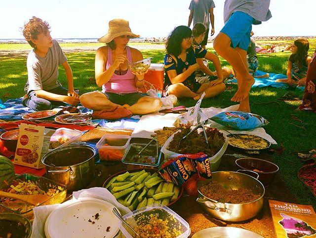 Vegan Potluck at Onekahakaha