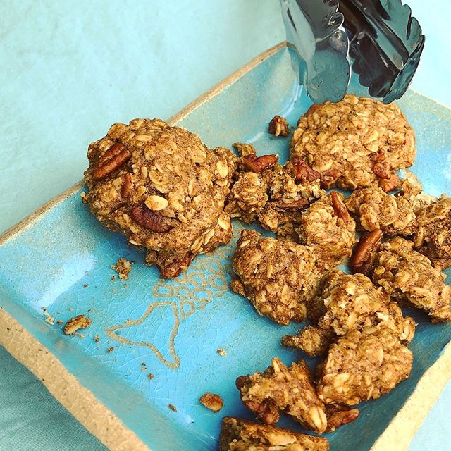 Vegan Pecan-Oatmeal Cookies in Hilo Hawaii